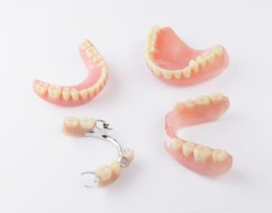 Kinds of dentures